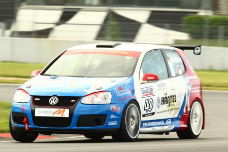 marcel_obermeyer_vw_golf_5_dm_racing_team_112