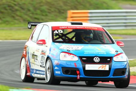 marcel_obermeyer_vw_golf_5_dm_racing_team_117