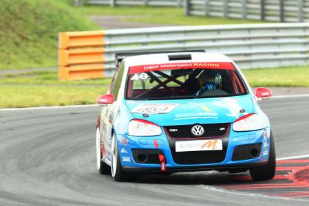 marcel_obermeyer_vw_golf_5_dm_racing_team_118