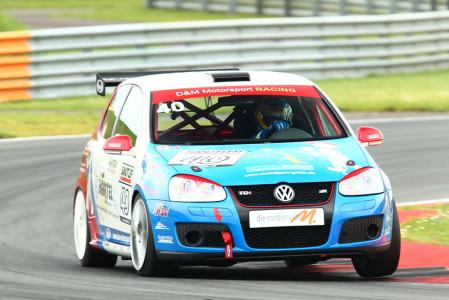 marcel_obermeyer_vw_golf_5_dm_racing_team_119