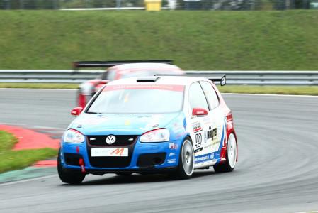 marcel_obermeyer_vw_golf_5_dm_racing_team_124
