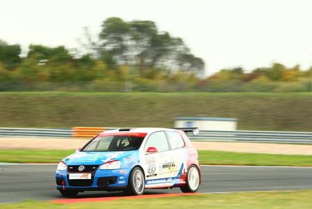 marcel_obermeyer_vw_golf_5_dm_racing_team_129