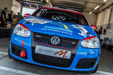 marcel_obermeyer_vw_golf_5_dm_racing_team_13