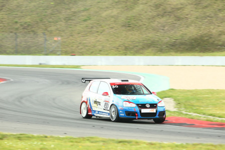marcel_obermeyer_vw_golf_5_dm_racing_team_135