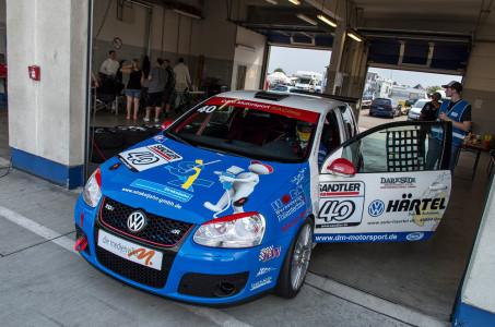 marcel_obermeyer_vw_golf_5_dm_racing_team_19