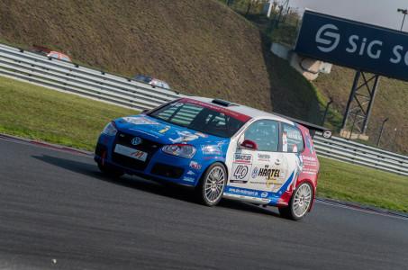 marcel_obermeyer_vw_golf_5_dm_racing_team_3