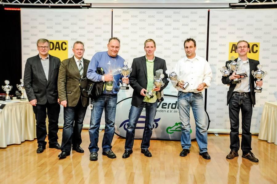Meister der 2.0 Liter Klasse Tourenwagen auf JAS Clio III Cup