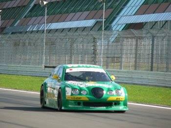 Marcel Obermeyer auf Jaguar V8-Star am Nürburgring